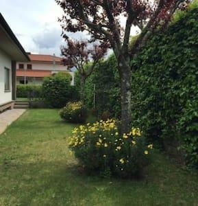 Fantastico appartamento in villa - House