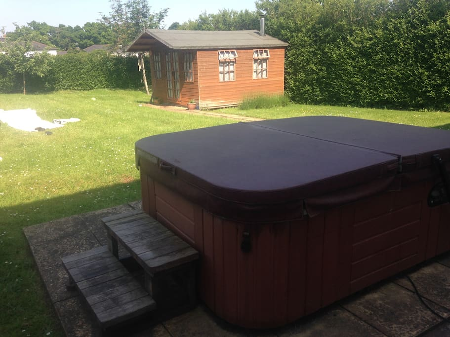 4 Seater Hot Tub