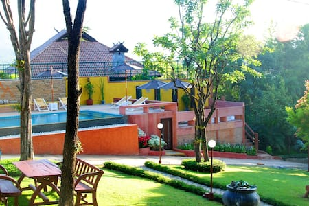 Insda Resort Chiang Mai - Bed & Breakfast
