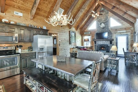 Rustic-Timber-Lodge - Ridgedale