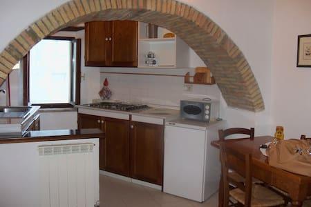 casina sotto la torre - Rumah