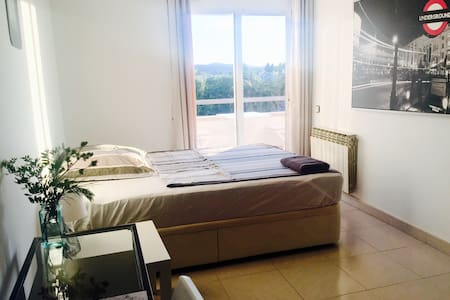 Room with sunset & mountain views  - Sitges