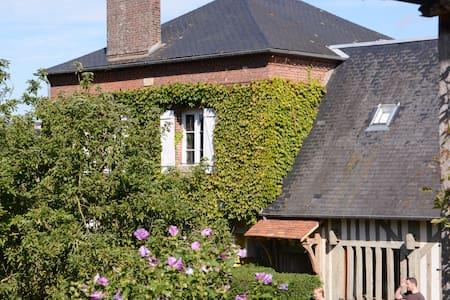 charmant boerenhuis in Normandisch dorpje (11 pl.) - Dom