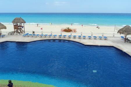 Suite con vista a la playa - Villa