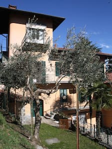 Lovely flat above Lake Maggiore - Apartmen