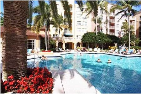 2 bed / 2 baths condo - Yacht Club Aventura - Apartment