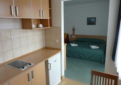 Apartman lakás - Apartamento