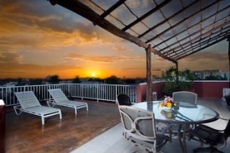 Summer Place Inn, Two Bedroom Condo - San Miguel de Cozumel