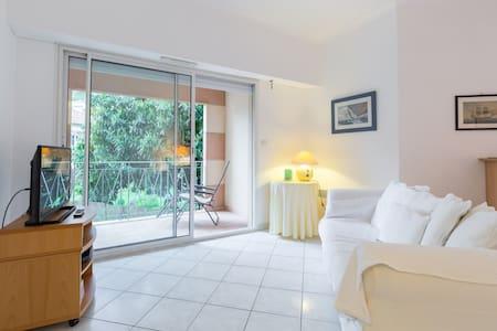 ST. JEAN CAP FERRAT, MONTECARLO GP! - Saint-Jean-Cap-Ferrat - Apartment