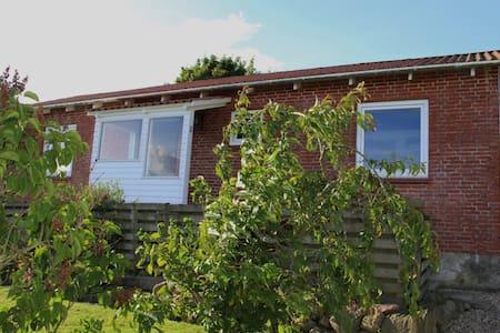 Hyggeligt hus i Sjelle (landsby) - Maison