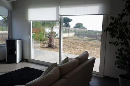 Villa Azzurra casa vacanze - Tribastone I