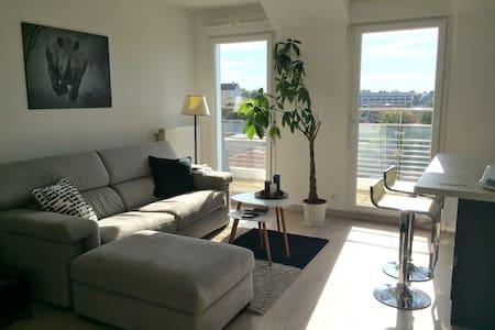 Appartement moderne et calme - Wohnung