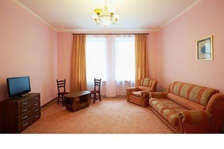 3-х недорогая уютная в Усть-Каменогорске для Вас - Lägenhet
