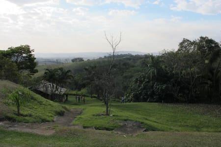 Lindo sítio interior de São Paulo - Kabin