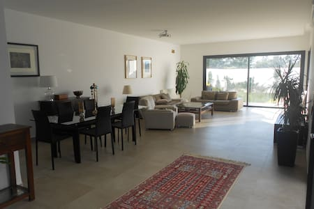 Modern house with pool (Soukra) - Tunis