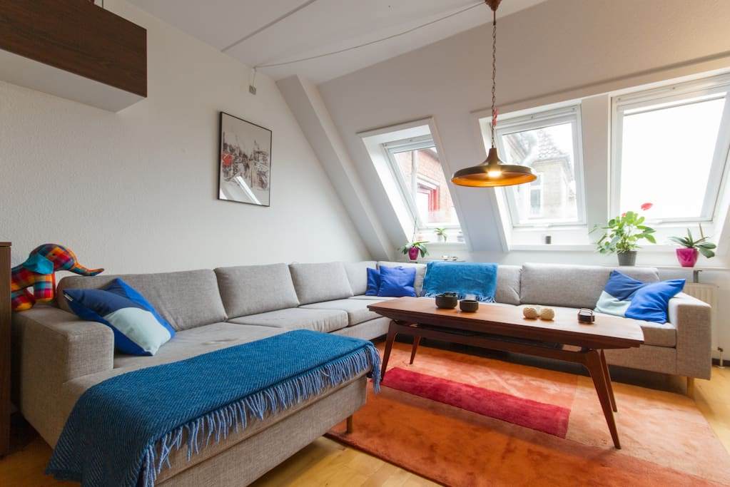Nice & Cosy Room in Huge Appartment