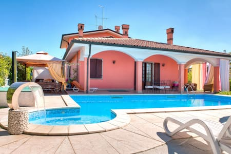B&B Villa Gloriana Appartamento - Bed & Breakfast