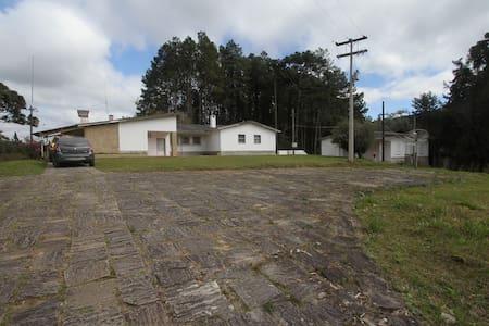 Bocaina, Sede de Fazenda, 6 Quartos - Cabana
