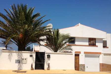 Sleeps 8 villa private pool seaside - House