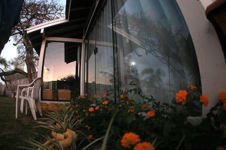 Qrto 8 camas vaga1-Hostel BuenaOnda - Haus