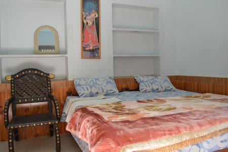 pushkar Atithi Guest House rooms - Pushkar - Haus
