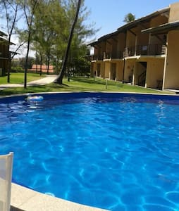 VILLAGE BEIRA MAR, COND C/ PISCINA - Arembepe - Casa
