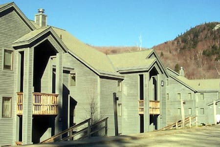 Ski-On/Off Condo Pico at Killington - 아파트
