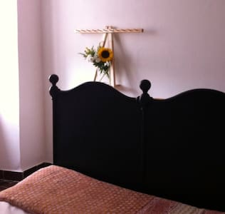 Manarola, chic, cosy private room. - Manarola - Hus