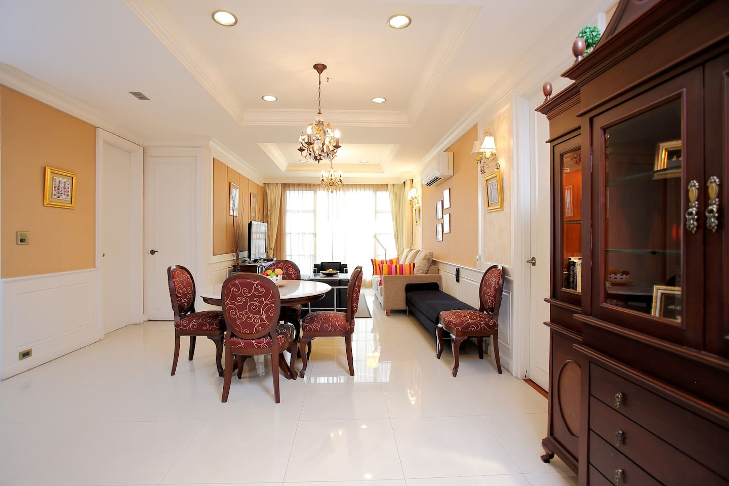 Dining room and lounge.