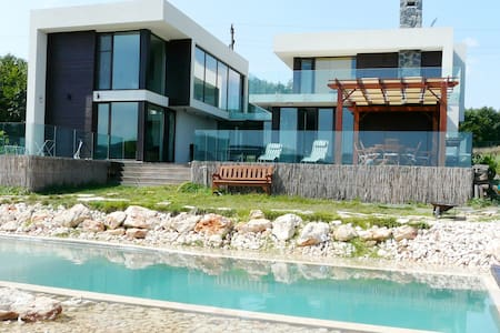 6 beds Huge Sea view villa near Albena and Varna - Vila