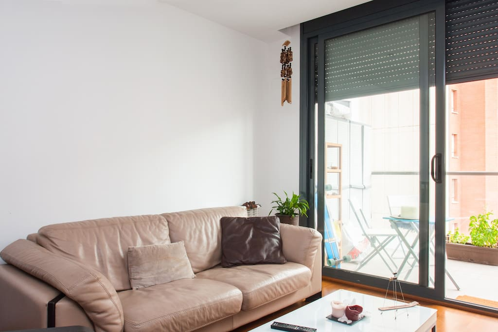 Sunny Room in a Brand New Flat