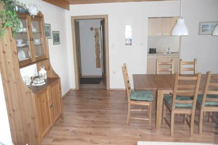 Ferienwohnung Regnitztalblick - Apartment