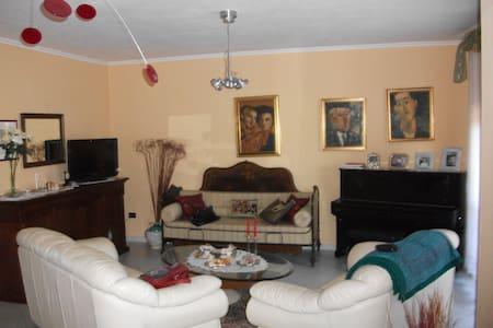 confortevole open space di 50 mq  - House