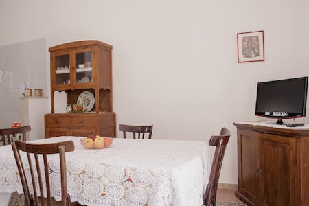 Caratteristico appartamento Ericino - Erice - Casa