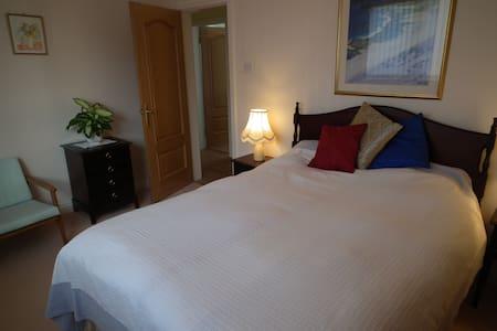 Double bedroom - Bed & Breakfast