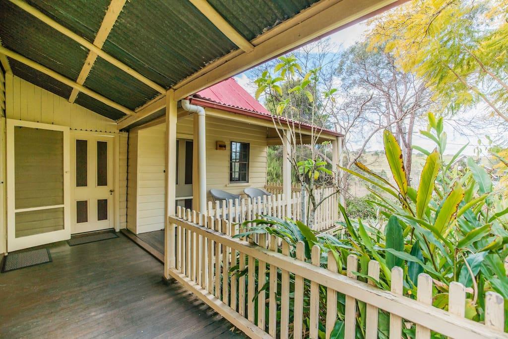 Sydney Escape  to Hermitage Cottage