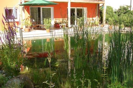 Wohnung am Schwimmteich - Lejlighed