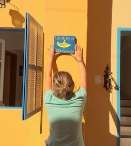casinha amarela no centro histórico - Ouro Preto