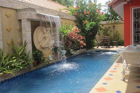 Villa Eden - Beautiful private pool villa Pattaya - Pattaya