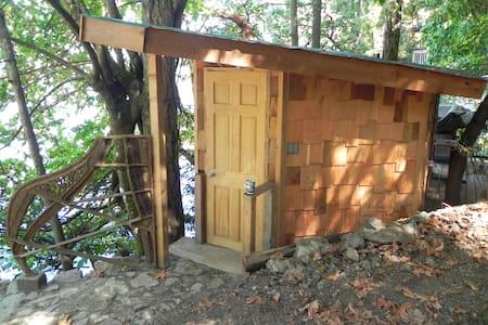 Treehouse - kayak, scuba paradise - Victoria - Baumhaus
