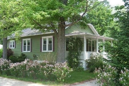 Storybook Cottage.  New Buffalo, MI - New Buffalo