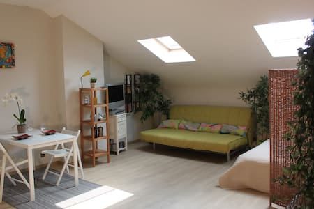 Fully equipped loft 65 m²