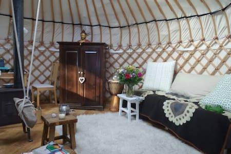 Authentieke Yurt, in de natuur | Aanbevolen! - Laag-Soeren - Jurta