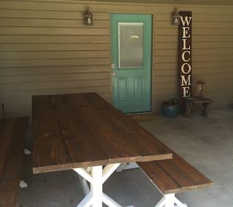 #505PecanLodge - Waco - Gästehaus