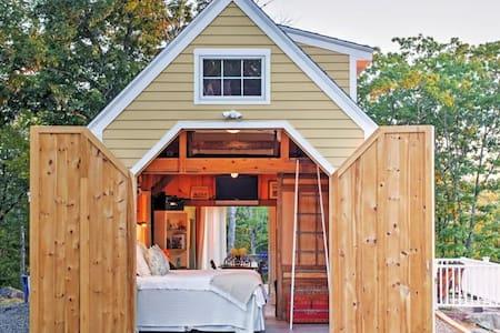 'Top of The World Vista' Edgecomb Cottage! - Newcastle - Altro