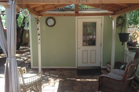 Imagine Peace Tiny House - Cottonwood
