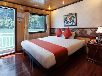 CRUISE to Ha Long & Bai Tu Long Bay - Hanoi - Boot