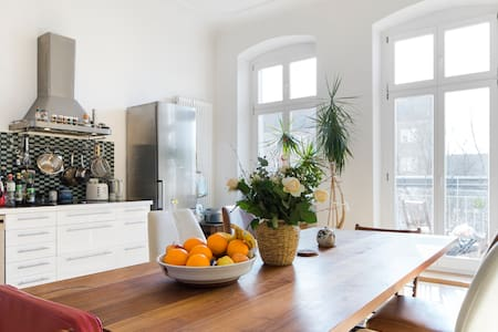 A lovely, family friendly Apartment - Berlin - Apartment