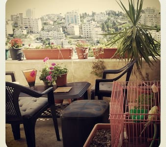 a room in a shared flat - Ramallah - 獨棟