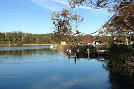 Sussex Riverside Apartment - Sussex Inlet, New South Wales, AU - Apartment